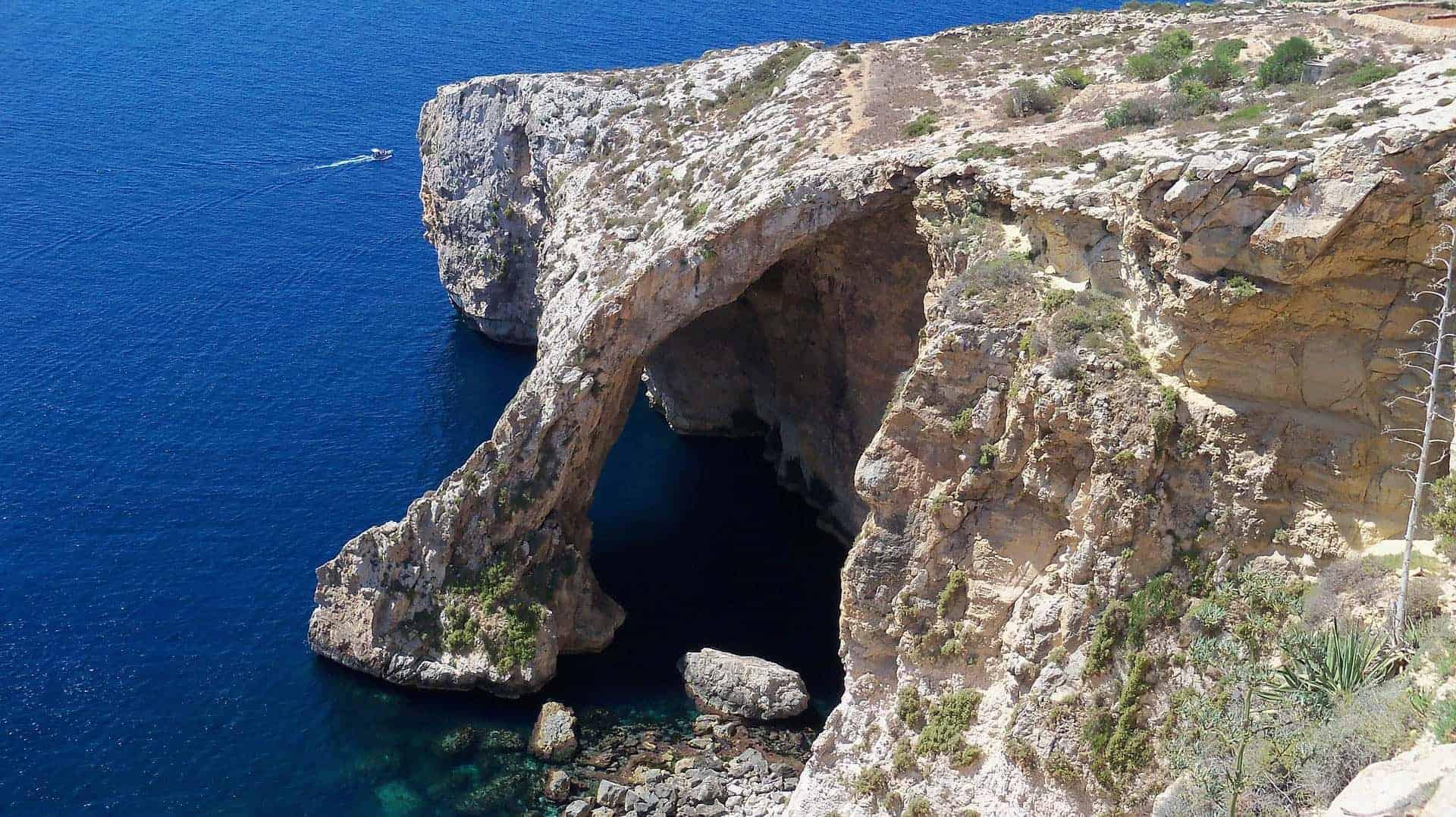klifowy brzeg Malty
