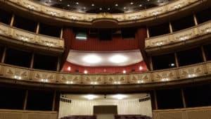 wnętrze wiedeńskiej opery